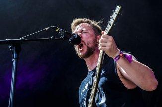 Roskilde '18: Festivalen hamret i gang med knyttede næver