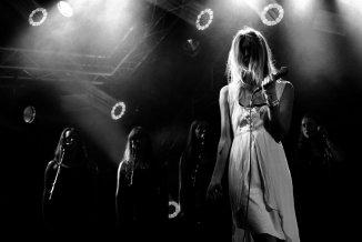 Roskilde Festival '15: Ingen magi over Myrkur