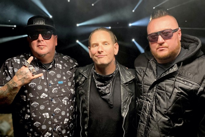 corey_taylor_with_moonshine_bandits_in_live_the_madness_music_video